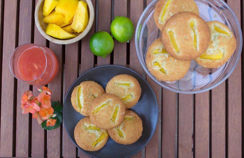 friand esotici con cocco, lime e mango