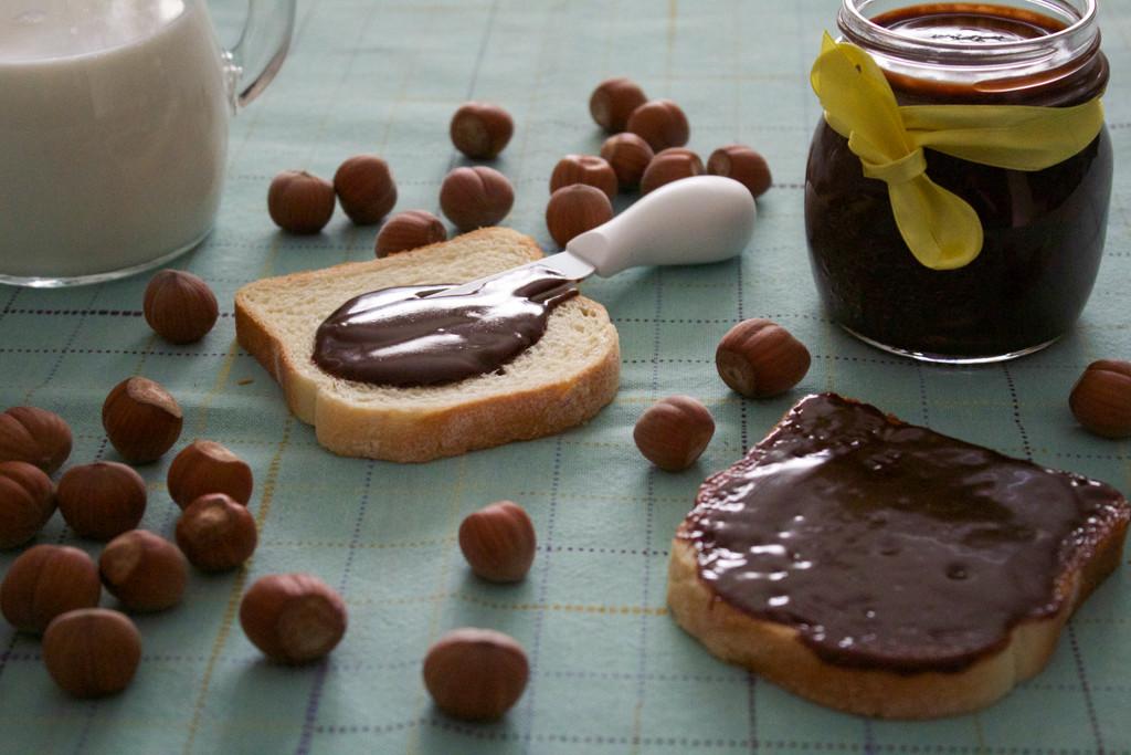 crema_di_cioccolato_alle_nocciole
